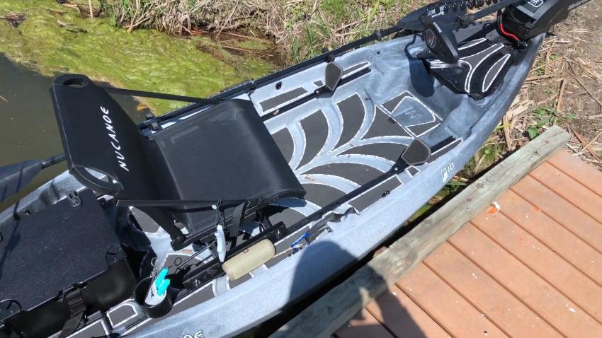 NuCanoe F10 deck